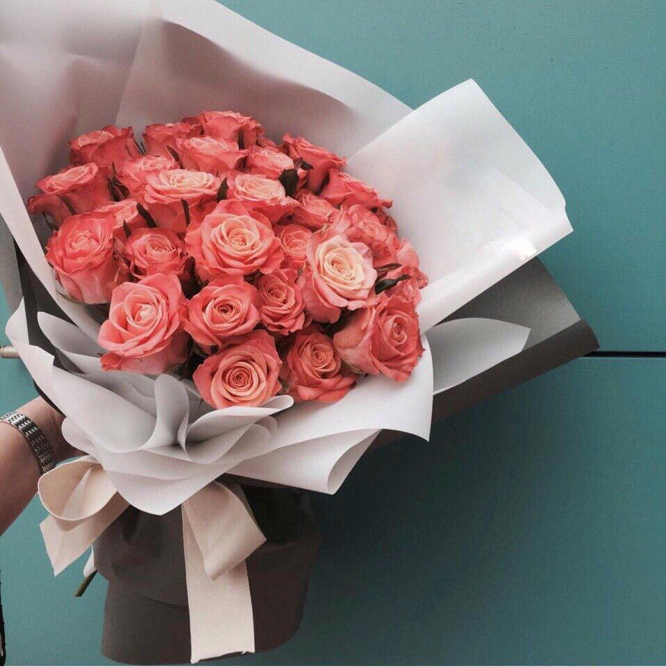 Розы в Шымкенте